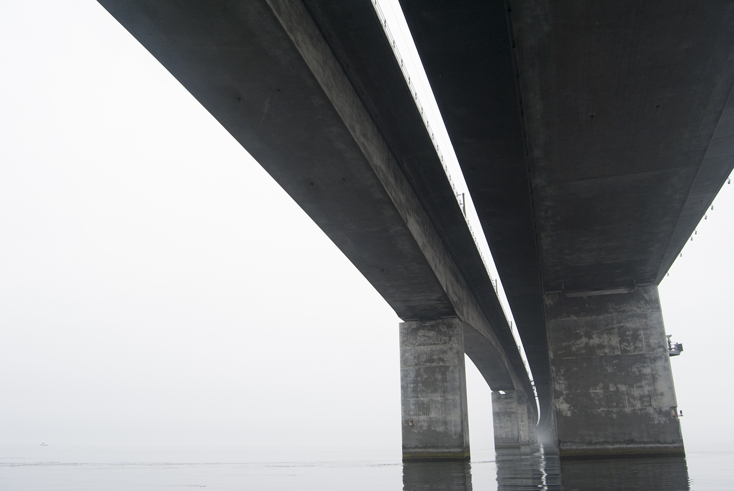 Under storebæltsbro